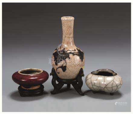 清哥釉,红釉水盂,花瓶