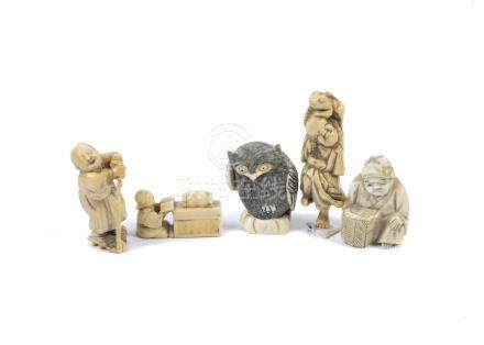 Five ivory and resin netsuke, carved to resemble figures and animals (5)