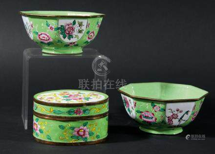 CHINESE ENAMEL BOX AND COVER, with scrolling floral decoration on a light green ground, length 9.
