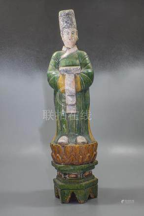 IMPORTANT CHINESE MING DYNASTY ATTENDANT FIGURINE
