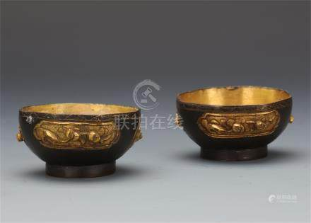PAIR OF CHINESE GILT BRONZE CUPS