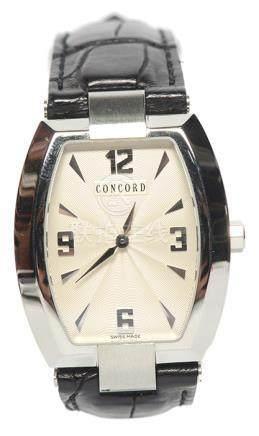 瑞士 CONCORD 君皇 鋼石英皮帶腕錶 (原裝扣)