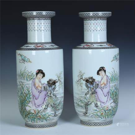 A Pair of Chinese Famille Rose 'Figure' Vase