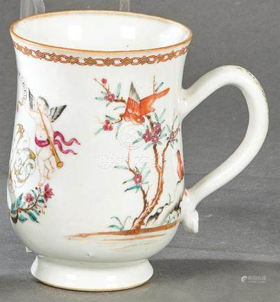 Cup with initials and motto in porcelain from East India Com