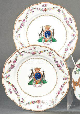 Pair of plates emblazoned in porcelain from East India Compa