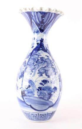 A blue / white porcelain baluster-shaped vase, Japan, Meiji,