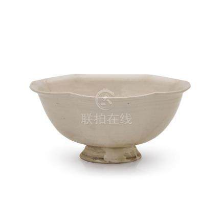 A 'DING' LOBED BOWL SONG DYNASTY 11.8 cm diameter