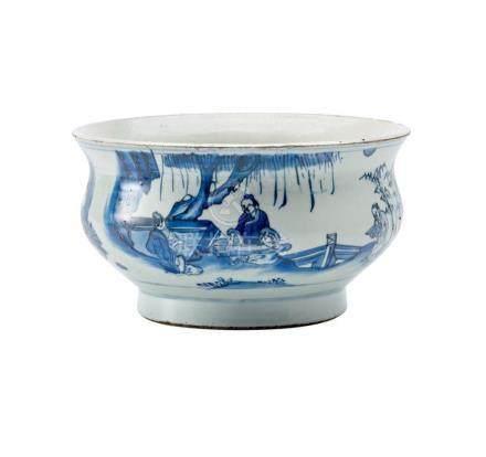 A BLUE AND WHITE CENSER, 17TH/18TH CENTURY 21 cm diameter