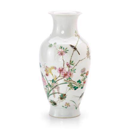 A FAMILLE-ROSE 'FLOWER AND INSECT' VASE. 20TH CENTURY 22.8 c