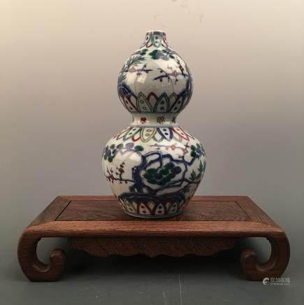 Chinese Doucai Double-Goured Bottle Vase, Chenghua Mark