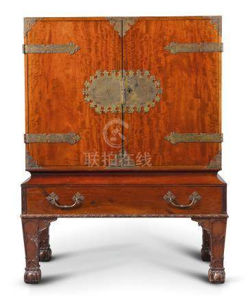 A George I style mahogany and scarlet lacquer cabinet on stand by Henry Samuel, late 19th century