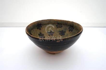 Bol en céramique de type Jizhou à décor intérieur...