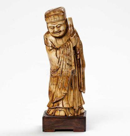 A CHINESE IVORY FIGURINE OF THE STAR-GOD LU XING, MING DYNASTY, 1368 -1644 NOT SUITABLE FOR