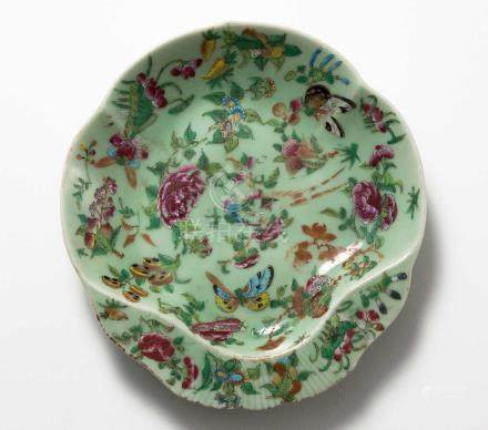 A CHINESE FAMILLE ROSE LOBED DISH, QIND DYNASTY, LATE 19TH CENTURY The lobed shell-shaped dish