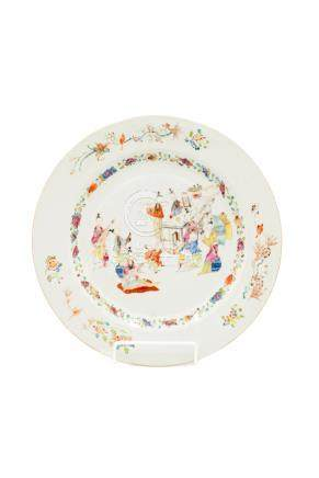 A large Chinese famille rose porcelain plate, 18th century,