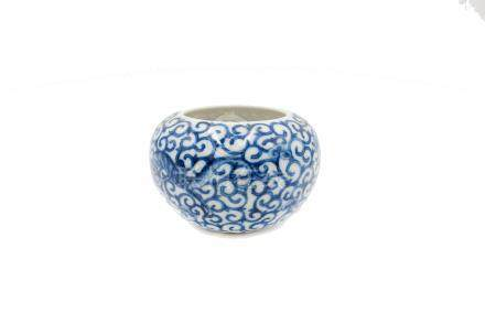 A Chinese blue and white porcelain brushwasher, Qianlong mark,