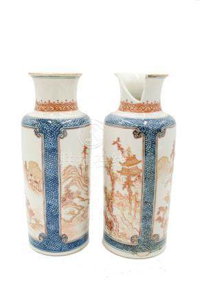 A pair of Chinese porcelain cylindrical vases, Qing period, early 18th century,