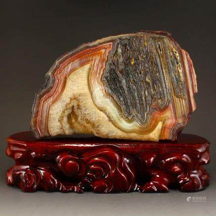 Beautiful Chinese Natural Agate Original Stone Statue
