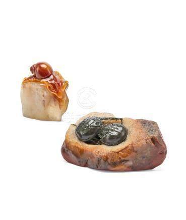 林利岩作 寿山石蜗牛摆件、寿山石夫妻鱼摆件 二件一组