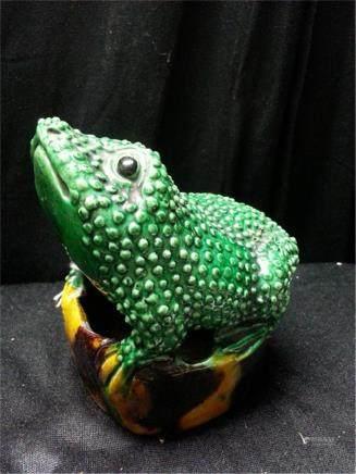 19th  porcelain frog