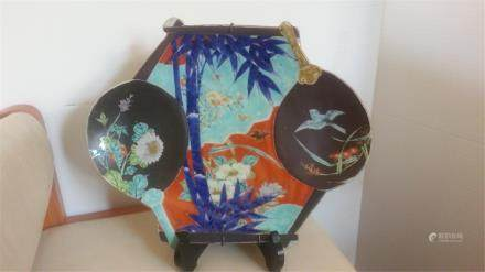ANTIQUE CHINESE dish