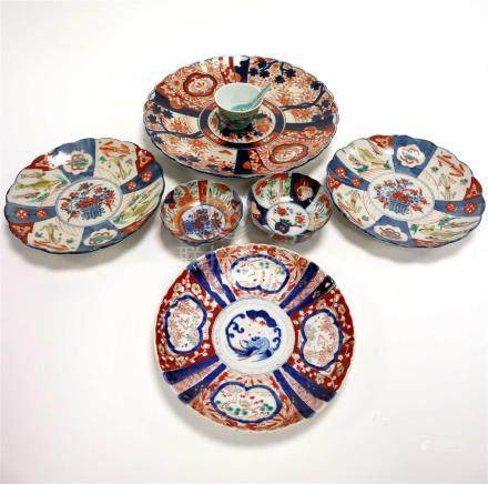 A group of Japanese and Chinese porcelain