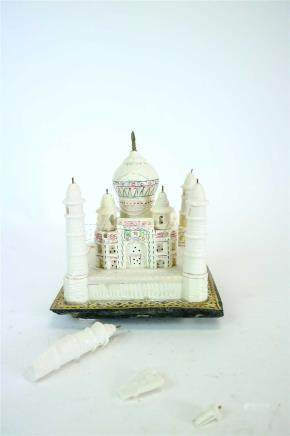 A small mid 20th century Indian boxed carved stone souvenir model of the Taj Mahal