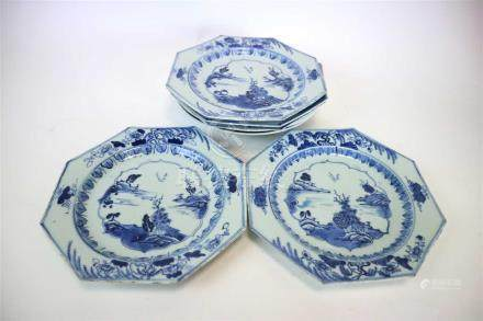 A set of five Chinese blue and white export porcelain octagonal plates