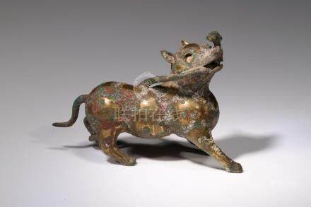 AUSPICIOUS ANIMAL IN FORM OF A DOG