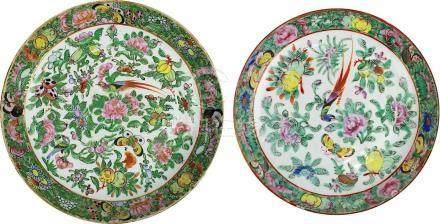 2 chinesische Porzellan-Teller, famille verte, 19. Jh., tiefe Form, weißer Scherben, auf Glasur