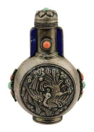 Chinesischer Schnupfflacon/Snuffbottle mit Halbedelsteinen, um 1900, Silbergehäuse mit zwei