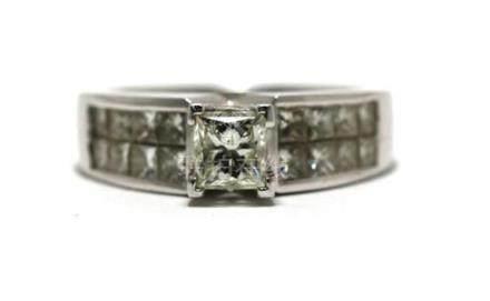 An 18ct White Gold Princess Cut Diamond Ring,