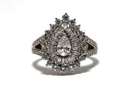 An 18ct White Gold Pear Diamond Ballerina Ring,