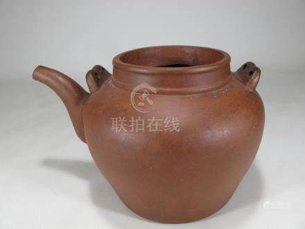 Vintage Chinese ceramic kettle