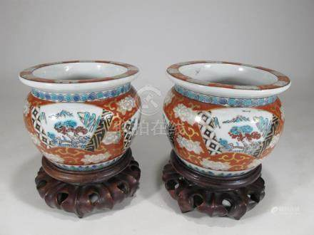 Antique Chinese pair of porcelain bowls
