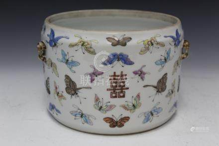 Chinese famille rose porcelain bowl with hundreds