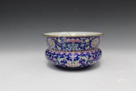 Chinese famille rose porcelain bowl, Xianfeng mark.