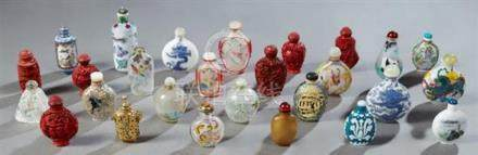 Group of Twenty-Seven Chinese Snuff Bottles, 20th c., consis