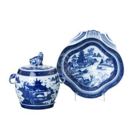 Fu Dog Pot and shell saucer 'Blue Canton' by Vista