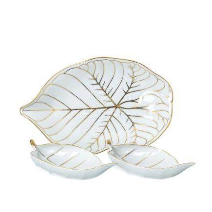 "Set of bowls and fruit bowl ""leaf"" in Vista Alegre"