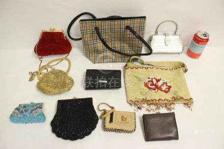 Lot of lady's wallet and purses