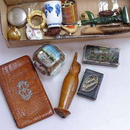 Oriental items, box etc