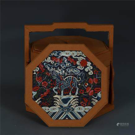 CHINESE EMBROIDERY INLAID BOXWOOD OCTAGONAL TREASURE BOX