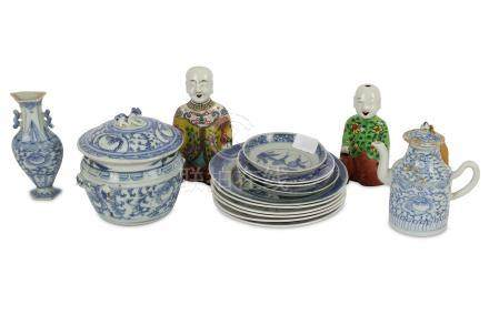A collection of Chinese porcelain including 17th and 18th Century blue and white porcelain dishes, a