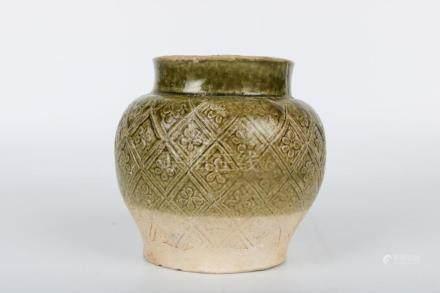 Chinese Tang Dynasty Green Glaze Jar