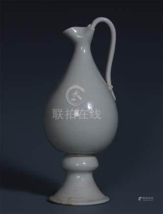 CHINESE PORCELAIN WHITE GLAZE HANDLED KETTLE