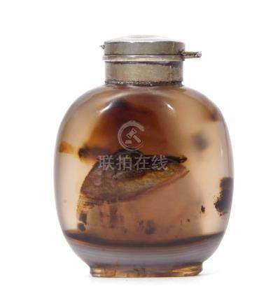 Chinese agate snuff bottle with occlusions and white metal top, 6cm high