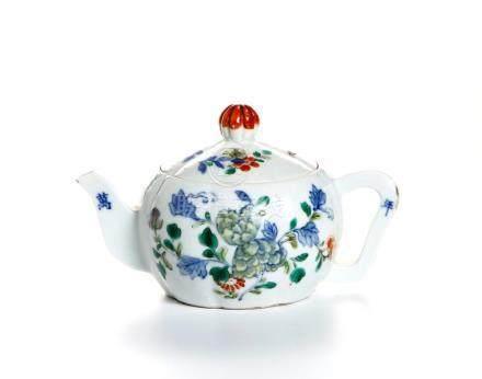Chinese Doucai Teapot