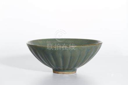 Chinese Longquan Type Celadon 'Chrysanthemum' Bowl
