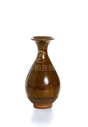 Chinese Brown Glazed Vase